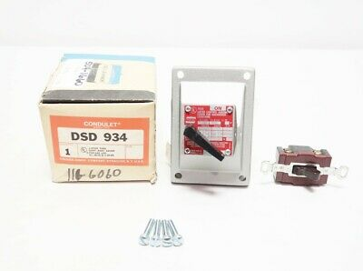 Crouse Hinds DSD 934 Condulet 2 Pos 120v-ac Selector Switch