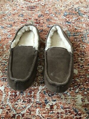 $30 Amazon Essentials Suede Fuzzy Moccasin Slippers Brown Size 9