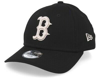 New Era League Essential 9Forty Cap. Boston Red Sox. Black/Stone