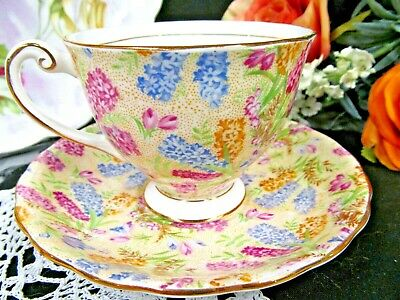 WINDSOR tea cup and saucer chintz Lilac floral pattern teacup 1940s England