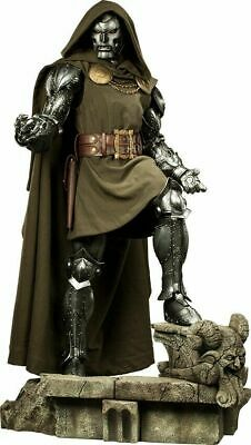 DOCTOR DR DOOM Legendary Scale STATUE by Sideshow Collectibles HUGE