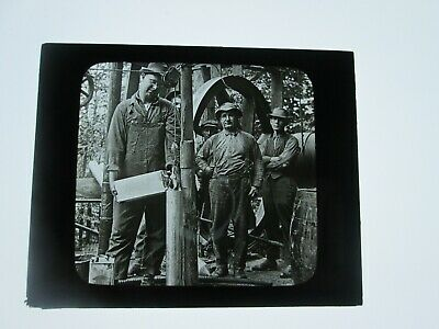 (1) LATE 1800s-EARLY 1900s  ANTIQUE GLASS SLIDE,SHOOTING OIL WELL, PENNSYLVANIA
