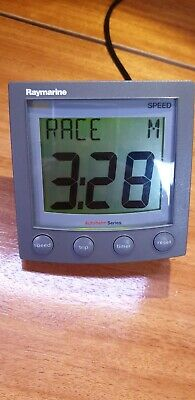 Raymarine ST60 A22001 Speed Display mint condition. Cleaned, tested 100%