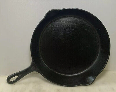 Nice Antique Vintage Griswold 9 Cast Iron Skillet Fry Pan 710 F Large Logo