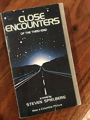 Close Encounters of the Third Kind MOVIE TIE IN HORROR SCI-FI PAPERBACK BOOK 78