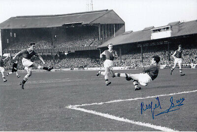 HAND SIGNED 6x4 PHOTO : ASTON VILLA 1957 NIGEL SIMS