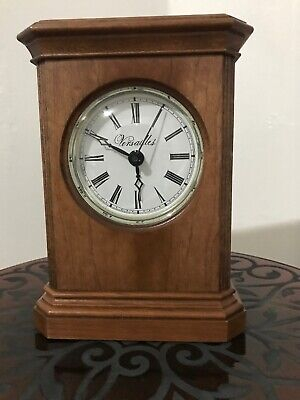 """VTG 6¾"""" Tall VERSAILLES Wooden Mantle CLOCK Wisconsin Clock Company, MADE IN USA"""