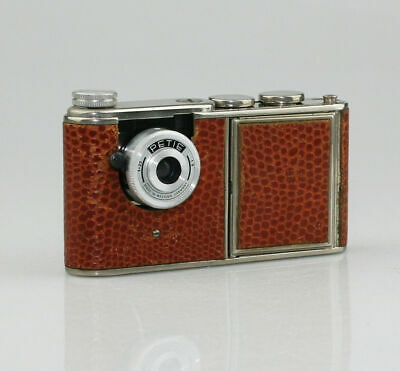 WALTER KUNIK Petie Vanity Camera c.1956 with Brown Skin Leather Design (SZ47)
