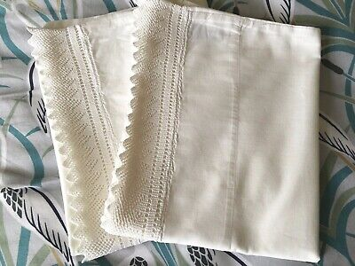 Pair White Pure Cotton Pillowcases / Vintage Crocheted Lace ~ Lovely Condition