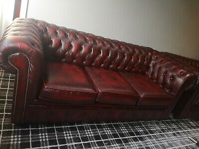 2 x Quality Antique Victorian Style Ox Blood Leather Chesterfield Sofa