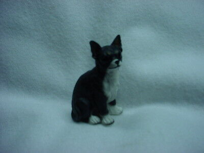 CHIHUAHUA black white puppy DOG resin Figurine HAND PAINTED MINIATURE Small Mini