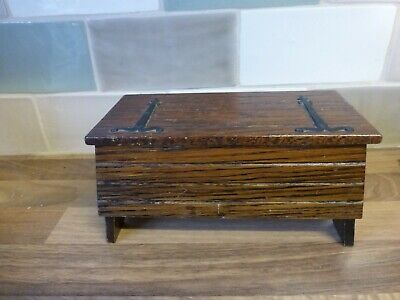 Vintage Wooden Chest Musical Jewellery Box Arts & Crafts Tallent of Bond St