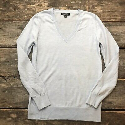 Banana Republic 100% Merino Wool Pale Blue V-Neck Pullover Sweater Size Med