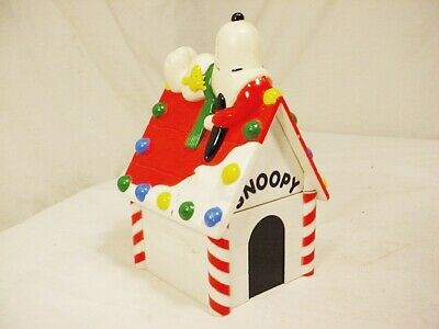 Vtg Peanuts SNOOPY DOG HOUSE BANK w Woodstock Whitman's Candies Quick Free Ship
