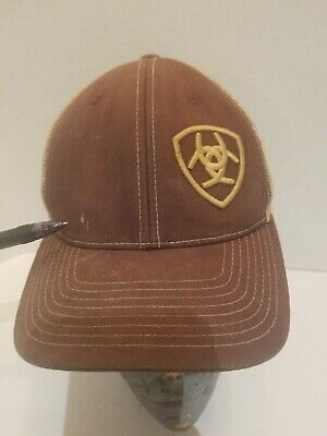 C-9802 ARIAT WESTERN MENS COWBOY BASEBALL CAP W// BARBWIRE EMBROIDERED LOGO BROWN