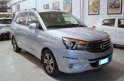 Ssangyong rodius 2.0 xdi 4wd a/t classy pelle