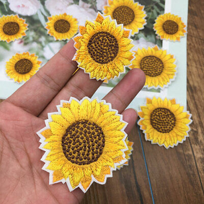2x Sun Flower Embroidered Patch Sew Iron On Clothes Badge Fabric Applique Crafts