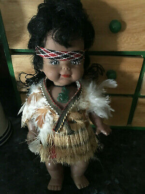 VINTAGE MAORI DOLL /  NEW ZEALAND - AS NEW - COLLECTABLE - 23cm x 10cm / BUY NOW