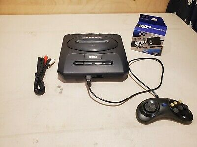 Sega Genesis Version 2 With Cables and Controllers TESTED