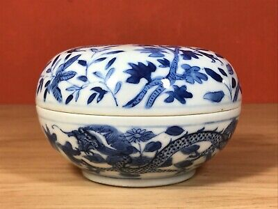 Scholar item! Chinese blue and white porcelain ink box, dragon 19th Century!