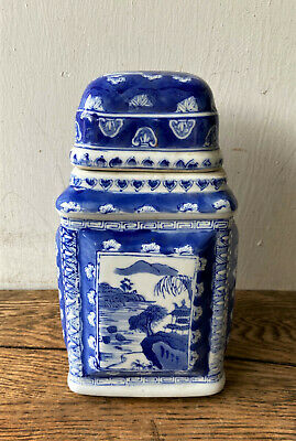 Vintage Signed Chinese Blue & White Porcelain Chinoiserie Tobacco Tea Jar Caddy