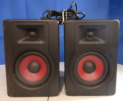 (RI5) M-Audio BX5D3 Compact 2-Way 5 in. Powered Studio Reference Monitor Speaker