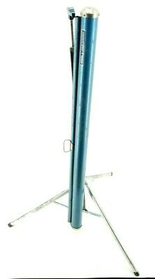 Knox Four Hundred Projector Screen 40x40 Tripod Base