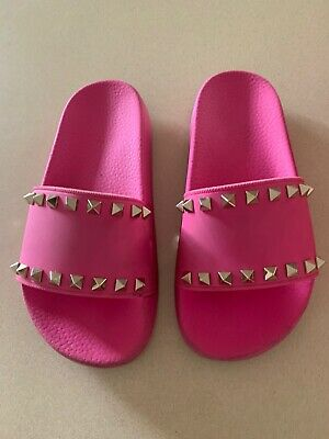 Valentino Pink Rockstud Slides Size 35 Great Condition   Rrp$460