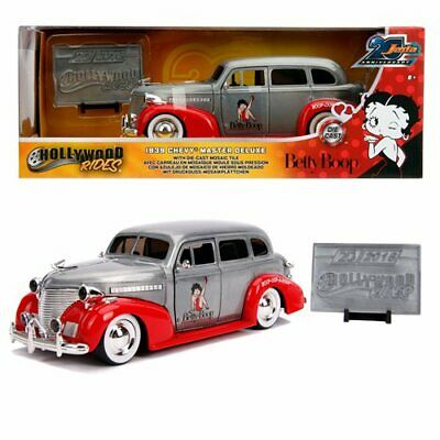 Betty Boop Jada 20th Anniversary Hollywood Rides 1939 Chevy Master Deluxe 1:24