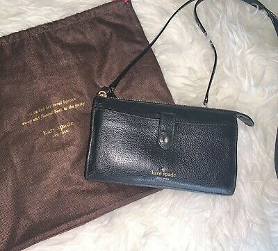 Medium Kate Spade Wallet/Crossbody with Cell Phone Pouch. Casual or Travel