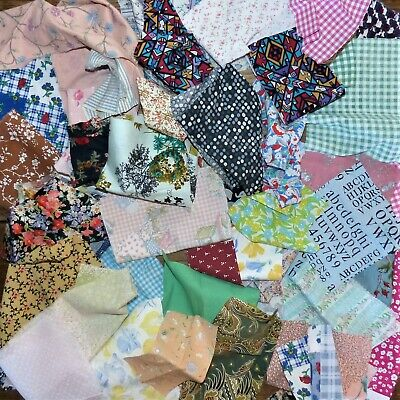 303 grms COTTON / MIXED FIBRE OFFCUTS SCRAPS FABRIC MATERIAL SEWING REMNANTS E14