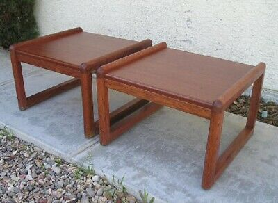 Pair Of Mid Century Modern Wood Side End Tables