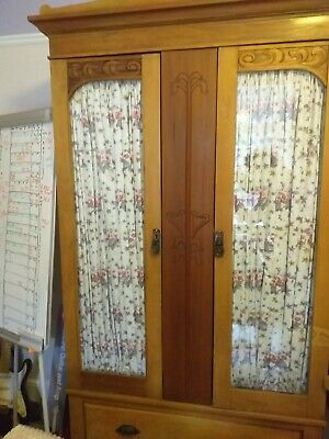 Antique Edwardian Wardrobe (Matching wash stand available - ask seller)