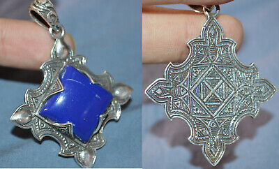 Exeptional Extremely Rare Ancient highly detailed Roman Pendant rare blue stone