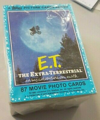 E.T. - The Extra Terrestrial 1982 Topps Trading Card Set. ET Movie Photo Cards