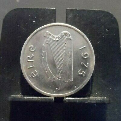 Circulated 1975 5 Penny Irish Coin (90119)2...Free Domestic Shipping!!