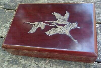 vintage ORIENTAL LACQUERED wood BOX with 3 FLYING GEESE Ducks