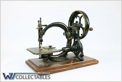 Willcox & Gibbs antique, sewing machine - rare incl instructions book.