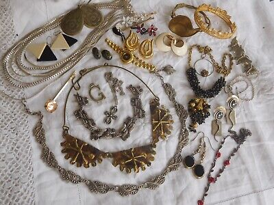 Lovely Mixed Collection of Vintage 1950s/60s/70s Costume Jewellery