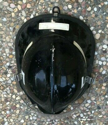 1982 Cairns & Brother Metro 660C Black Firemans Fire Helmet With Face Shield