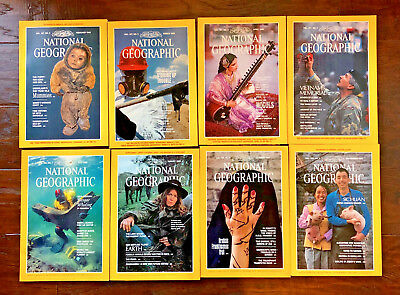 National Geographic magazine • 8 issues from 1985 (with maps) NM