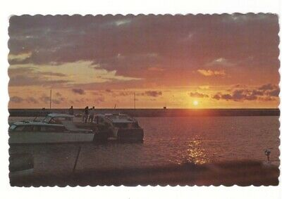 Sunset, Waterfront, Pleasurecraft, Port Elgin, Ontario, Vintage Chrome Postcard