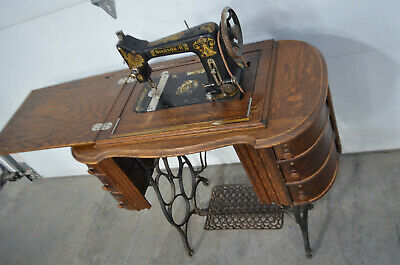 Antique Windsor B Treadle Foot Powered Sewing Machine Singer Montgomery Ward