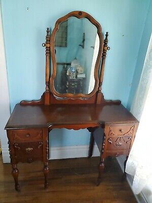Antique Vanity Mirror Dressing Table.  Amazing Condition!!