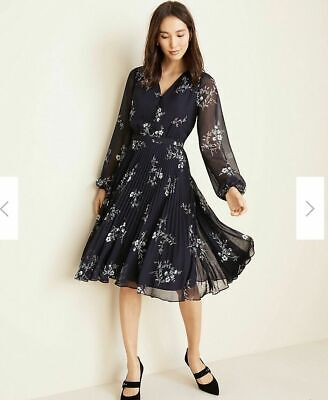 ANN TAYLOR Floral Pleated Flare Dress Size 8 NWT