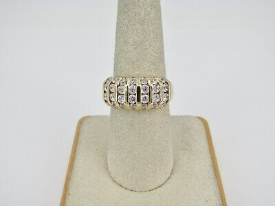 14k Yellow Gold Round Cubic Zirconia Ring - Size 7.25 - 4.59 Grams
