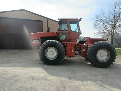 1979 Allis-Chalmers 7580 4 wheel drive tractor, Showing 2843 hours
