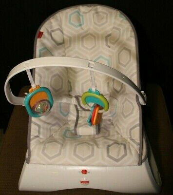 Fisher-Price Comfort Curve Bouncer - Soothing Vibrating Mode - Great Design