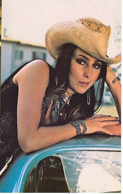 Cher With Cowboy Hat-  Celebrity On Postcard(Cl10*)