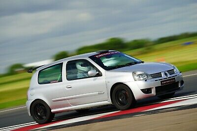 Track day car hire - renaultsport clio 182